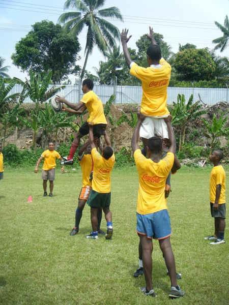 2010_coca-cola-schools-junior-rugby-camp